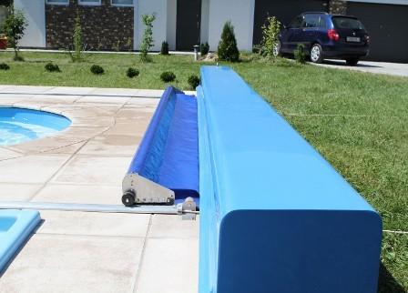 Выгодно купить защитное покрытие для бассейна в Крыму и Симферополе предлагает компания «Бассейн Торг». В наличие качественное пузырьковое покрытие для чаши бассейна по доступной цене