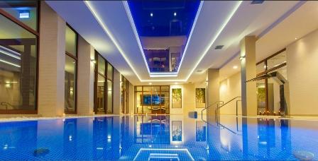 Купите качественное освещение для бассейнов в Крыму и Симферополе по доступной цене в «Бассейн Торг». Мы предлагаем широкий ассортимент светильников и подводного освещения.